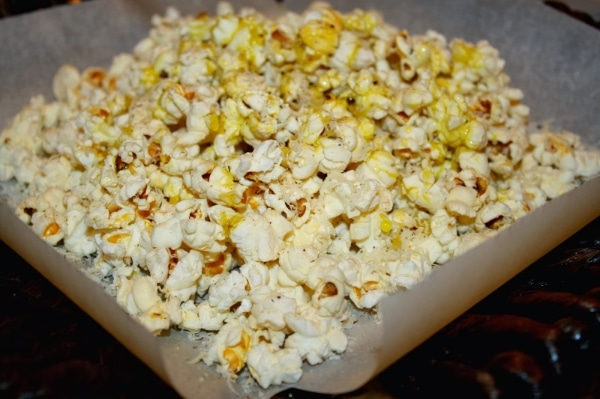 Savory Popcorn with Mushroom and Sage
